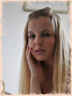 Girlfolio Photos