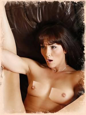 Bianca Breeze Feels Hard Cock Deep Inside Pussy.